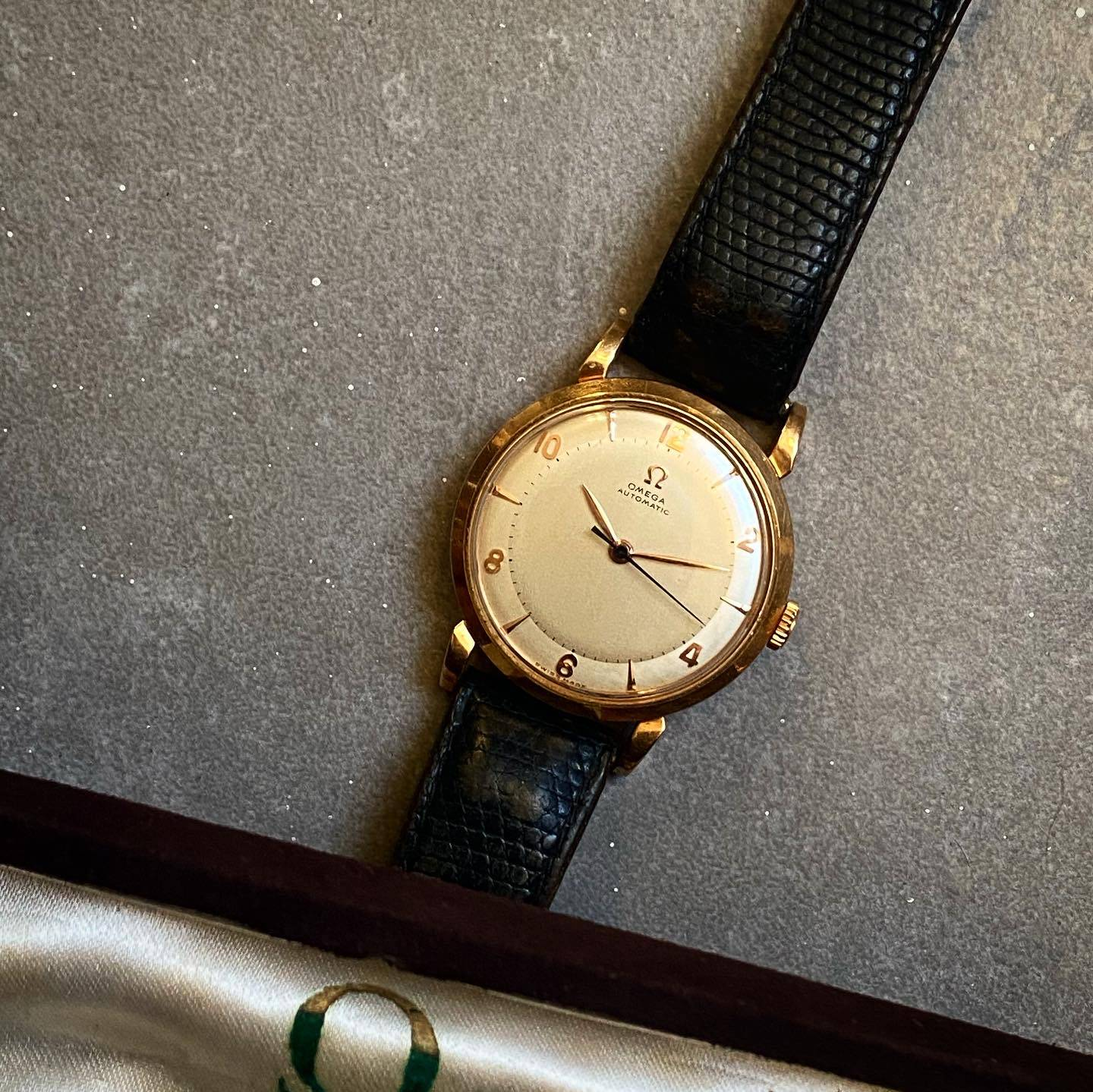 Omega Automatic Bumper Rose Gold Two Tones-5