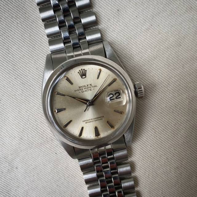 Rolex Oyster Perpetual Date Dauphine Hands-5